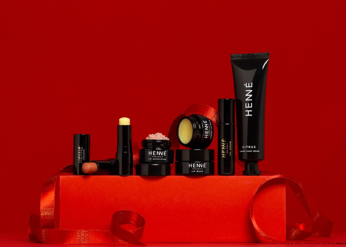 Henné products on top of red box with red background